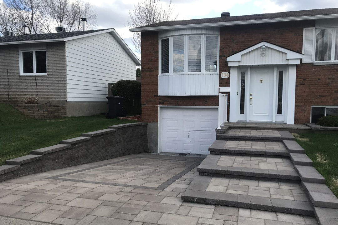 entry-paving-wall-and-garage-house