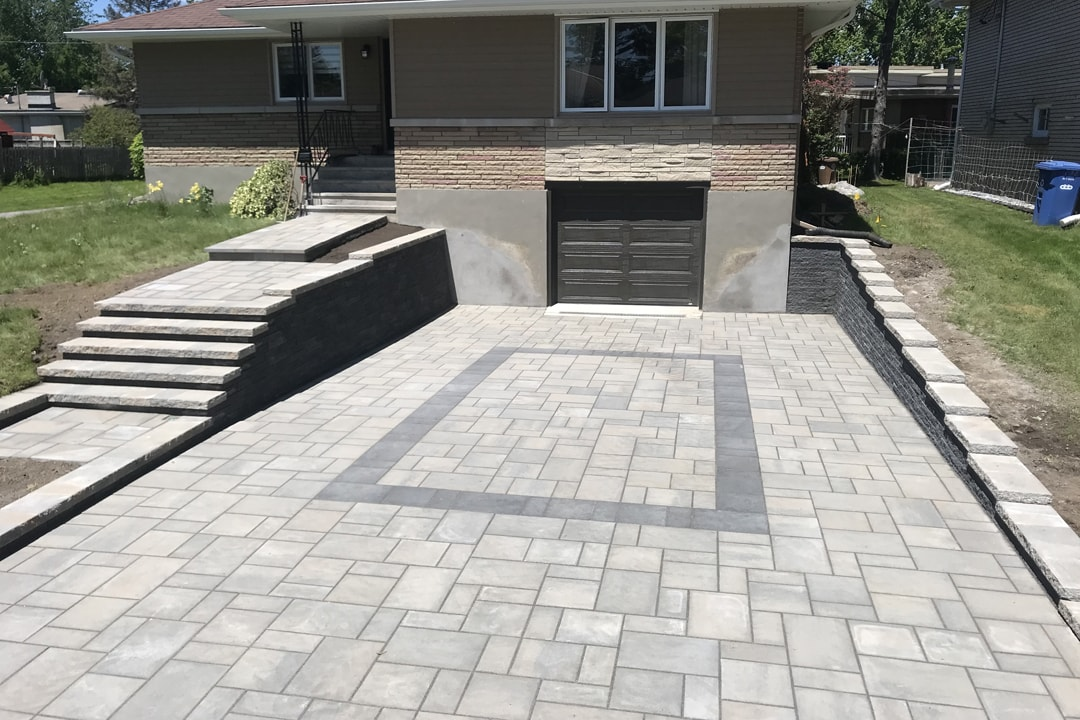 large-entry-paving-pattern-and-garage-house