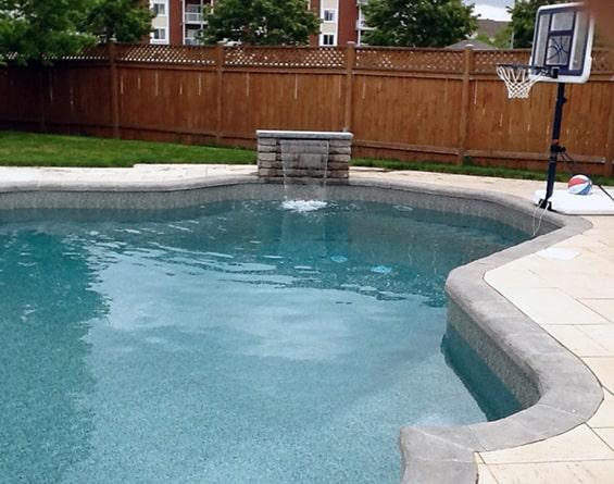 fontaine-eau-piscine-cascade